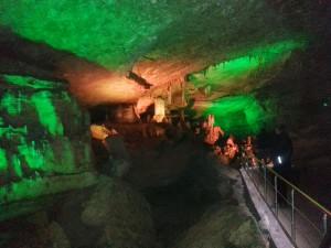 Sataplia Höhle