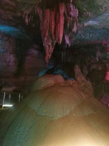 Tropfsteinhöhle Sataplia Georgien, großer Tropfstein