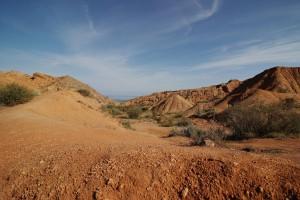 Canyon mit Blick zum Issykkul