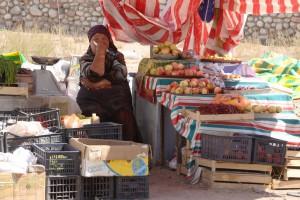 Marktfrau in Tscholponata